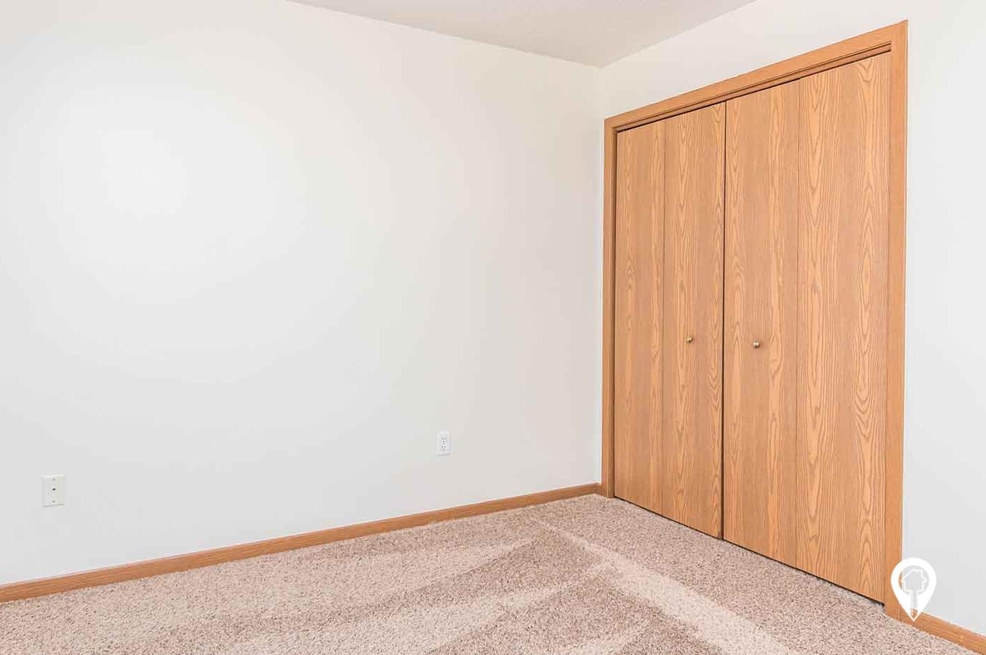 West Briar Estates Apartments