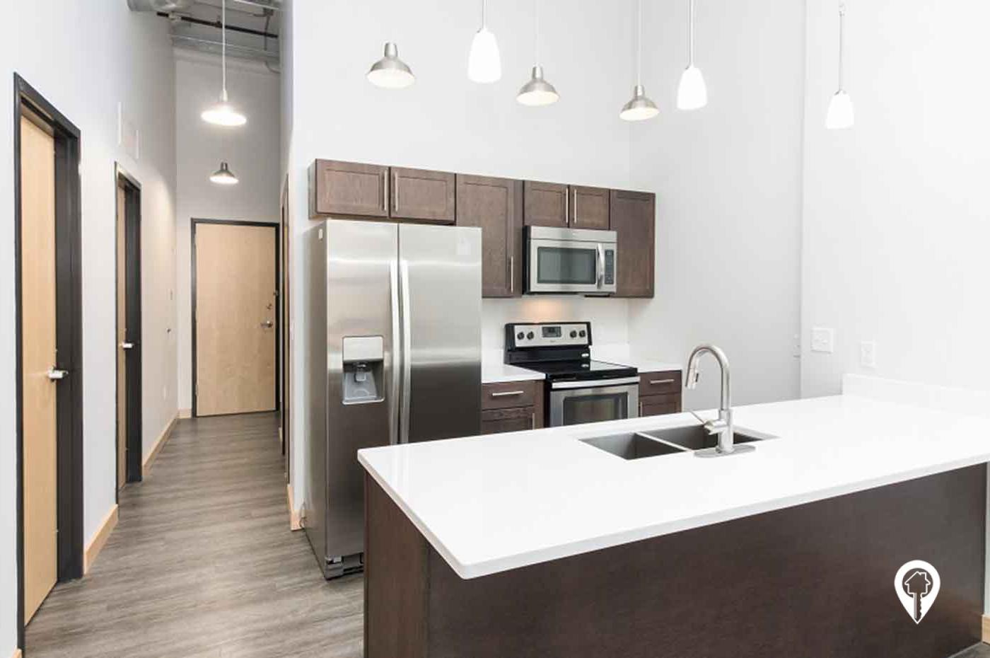 615 Pearl Street Apartments