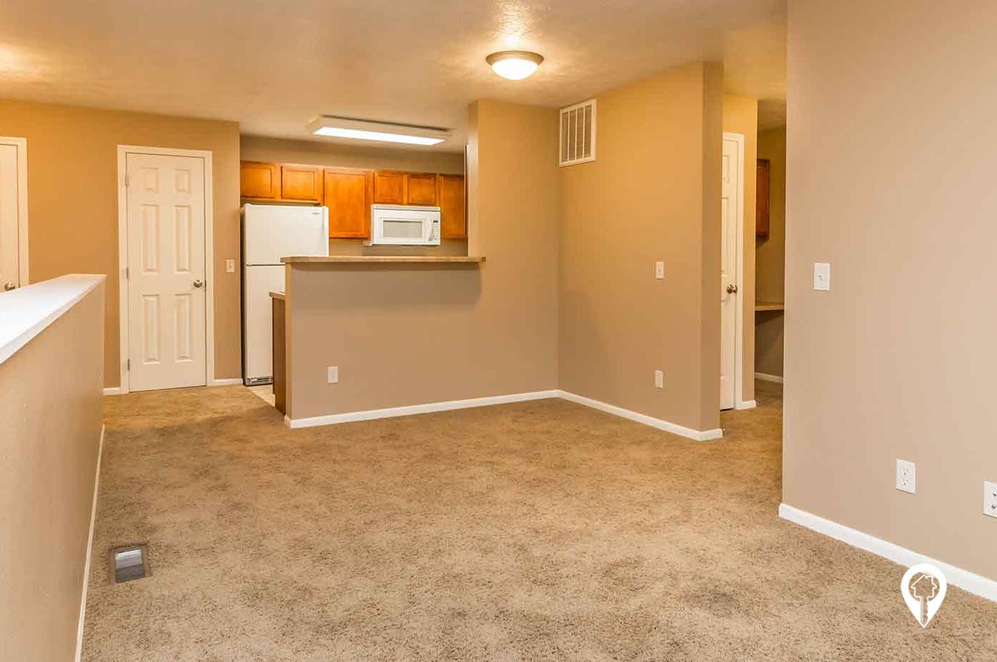 Redwood Court Apartments