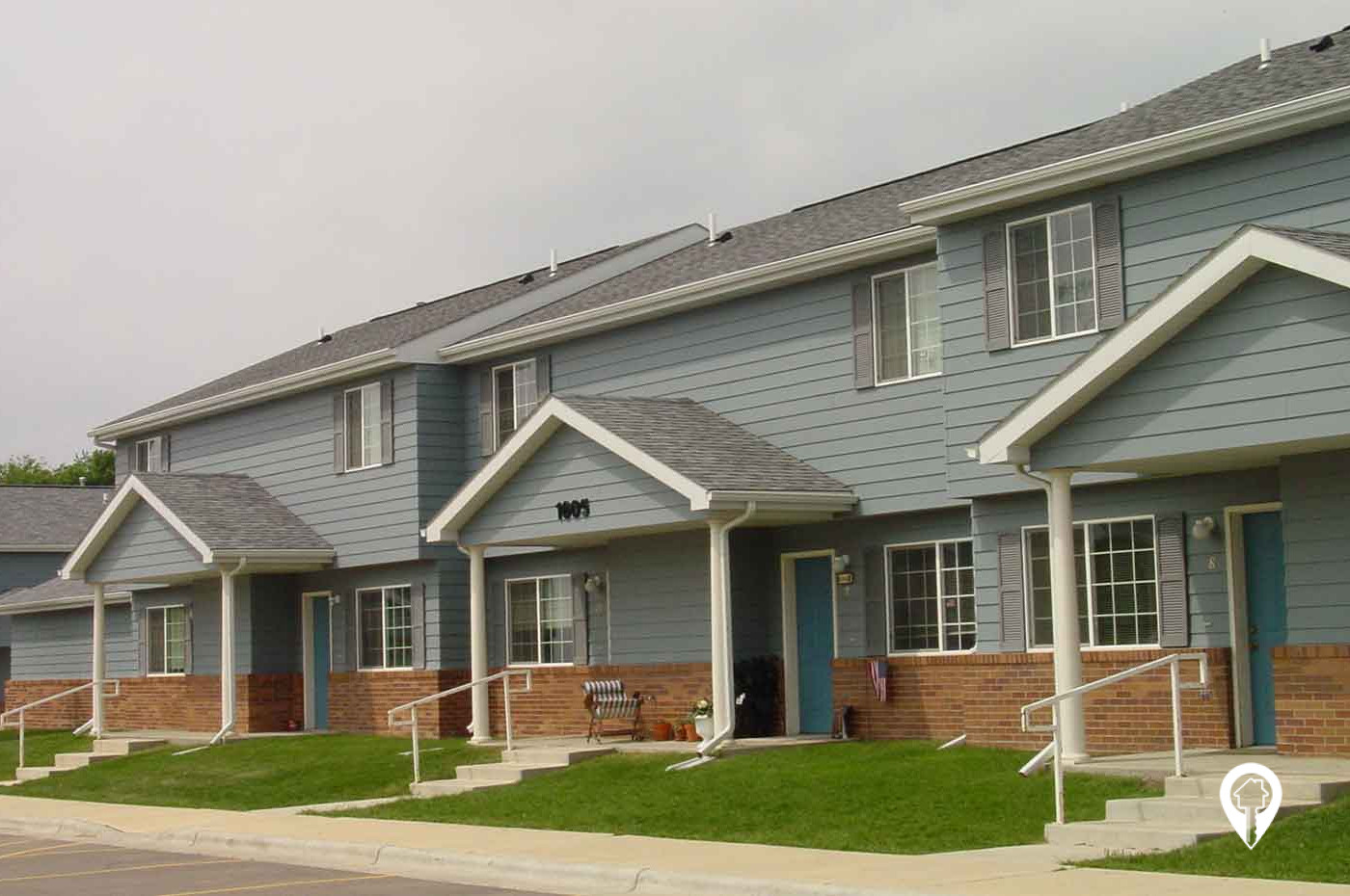 Southridge Apartments & Townhomes