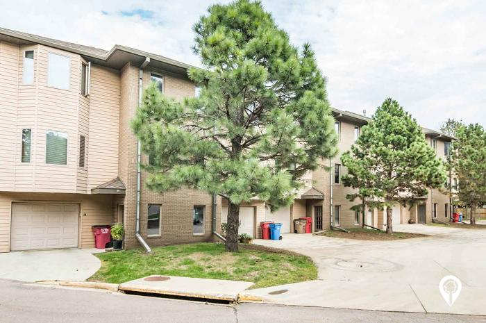 Townhomes At Four Hills