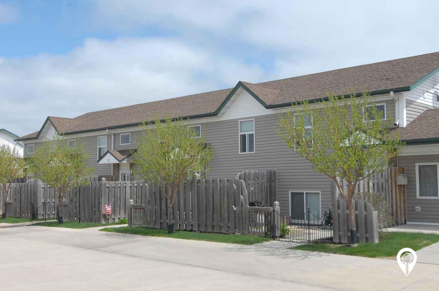 Fargo Moorhead Living - WillowWood Greens Townhomes