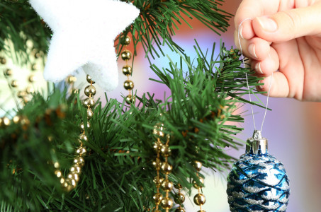 Decorating Your Apartment for the Holidays!