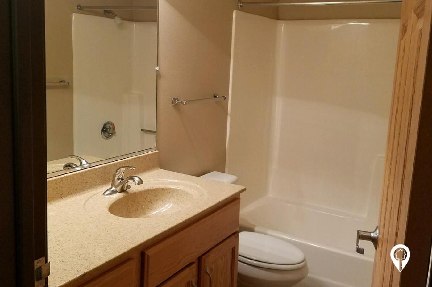 Ashland/Willow Creek Apartments